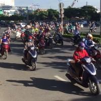 ベトナムの移動手段はバイク!