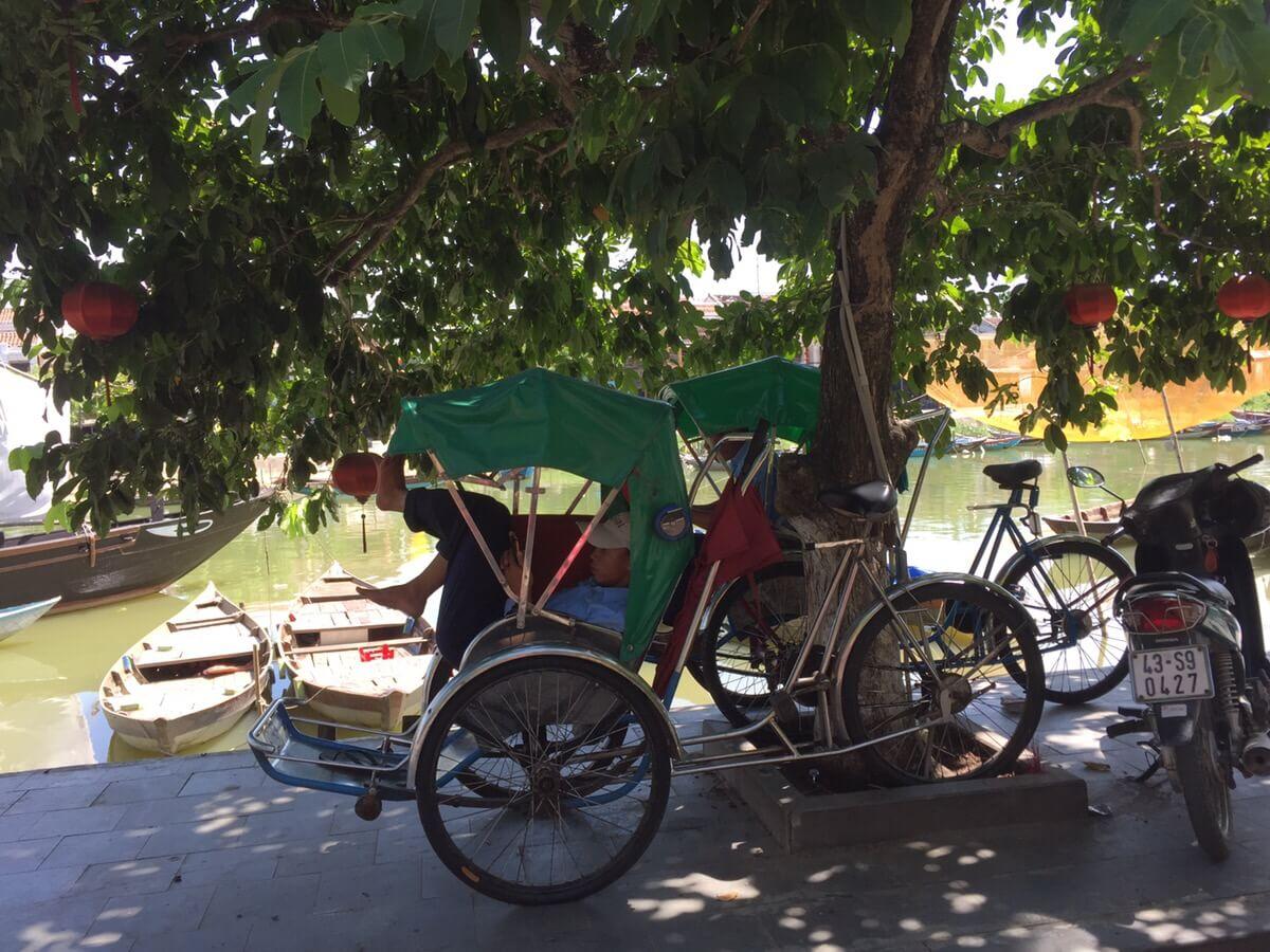 ベトナム人の社員育成と労務管理のポイントとは
