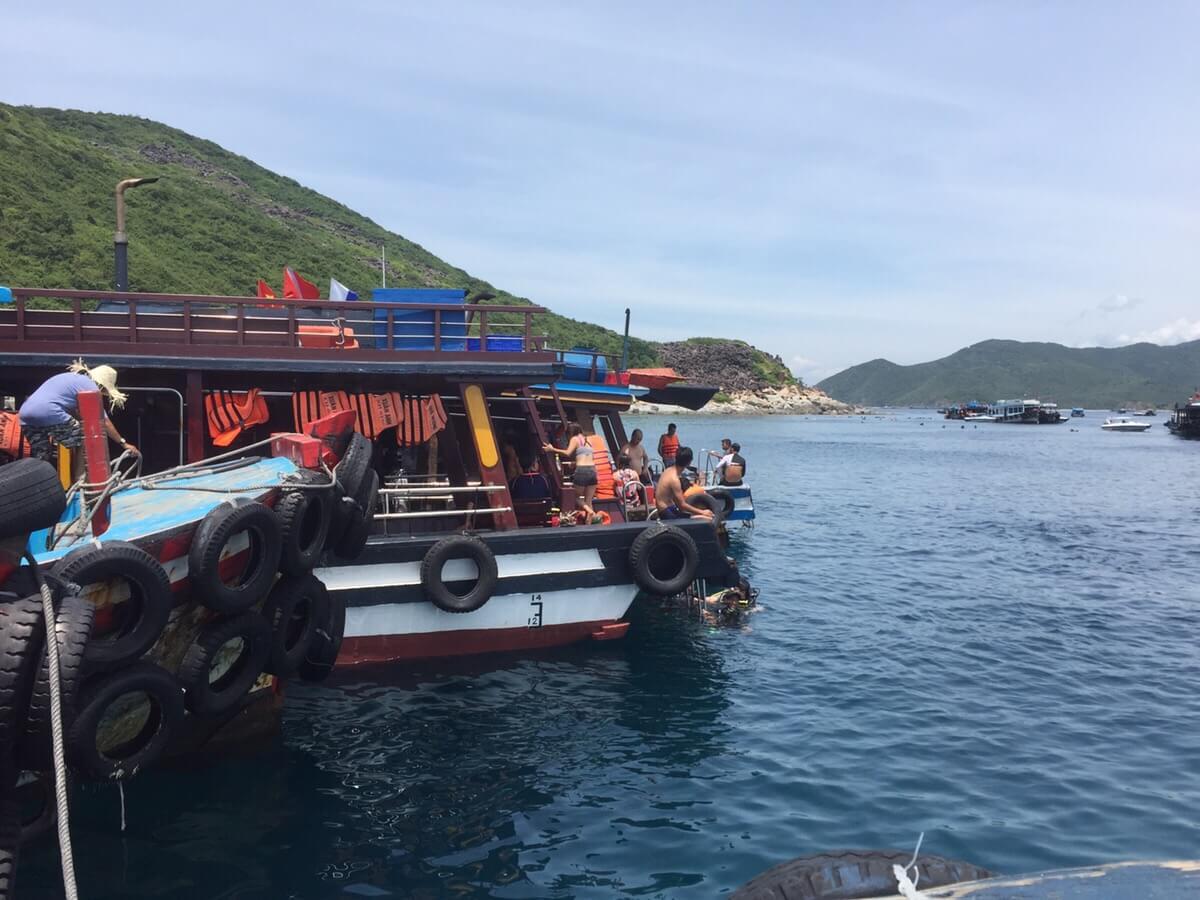 ベトナム国内のスキューバダイビング事情について