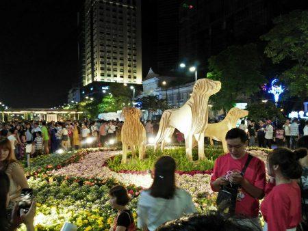 ベトナム お正月 テト 飾り