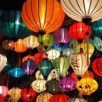 満月の夜に限定開催!ランタンフェスティバル (ホイアン)