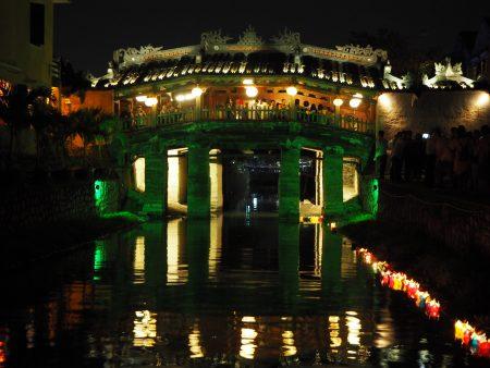 ランタンフェスティバル  ホイアン ベトナム