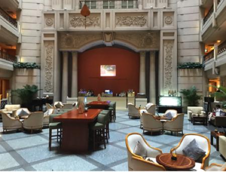 ホーチミン ラグジュアリーカフェ ルネッサンス・リバーサイド・ホテル・サイゴン Atrium Cafe