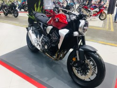 バイク天国ホーチミン!HONDA大型バイクショップオープン
