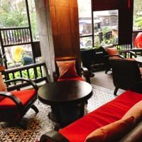ホーチミンの目抜き通りにある素敵レトロカフェ