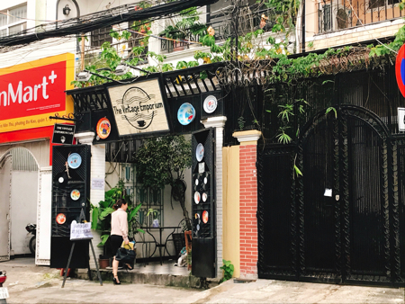 ベトナム ホーチミン カフェ 隠れ家 The Vintage Emporium ちぇり