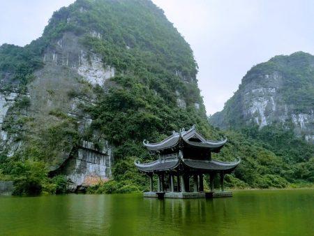 ベトナム北部 世界遺産 チャンアン ボートツアー
