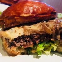 ホーチミンで一番美味しいと評判のグルメハンバーガ―専門店(Marcel Gourmet Burger)
