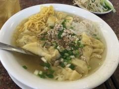 在住日本人評価が高いホーチミン市内のフーティウ(Hu Tieu)専門店「Tung Hung」