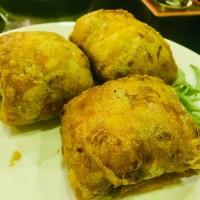 特大ベトナム揚げ春巻きとブンチャーの専門レストラン