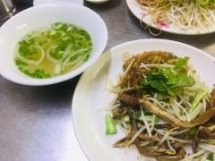 ベトナム・ホーチミンの超人気店!ウナギの春雨麺料理店
