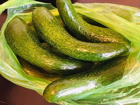 ベトナム ホーチミン Bơ 034 アボカド ローカル市場