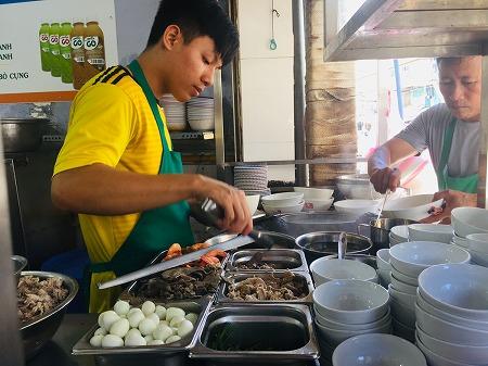 ベトナム ホーチミン フーティウ 麺料理 Hủ Tiếu Nam Vang Thành Đạt