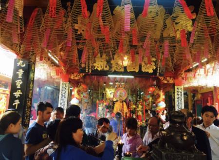 ホーチミン5区中華街の寺院