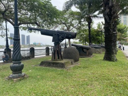 サイゴン川沿いの砲台
