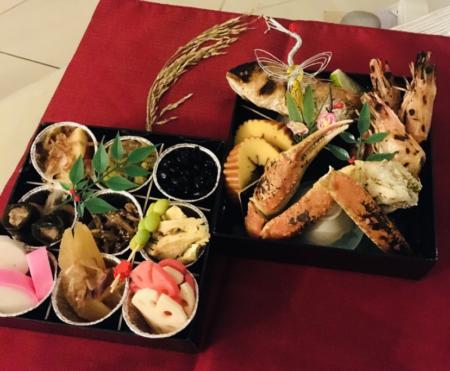 ベトナム日本食レストランのおせち