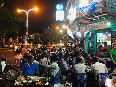 ベトナムニャチャンの海鮮料理店