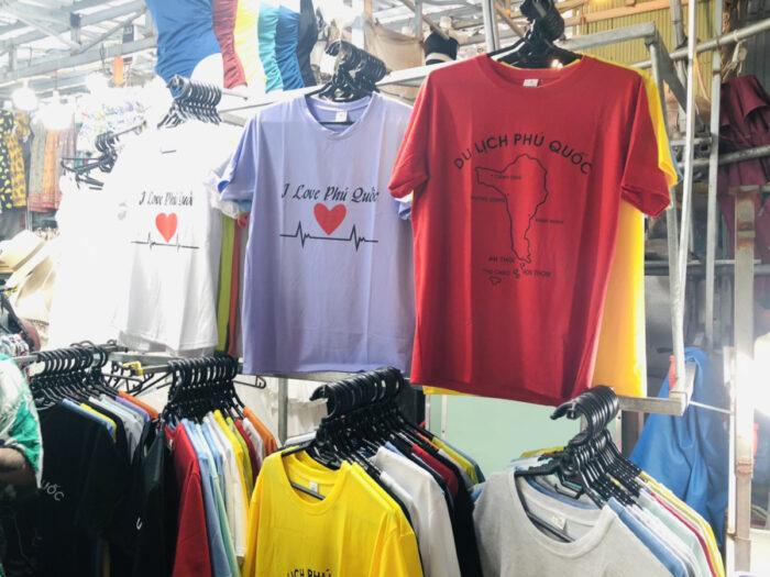 ベトナム・フーコック島デザインのTシャツ